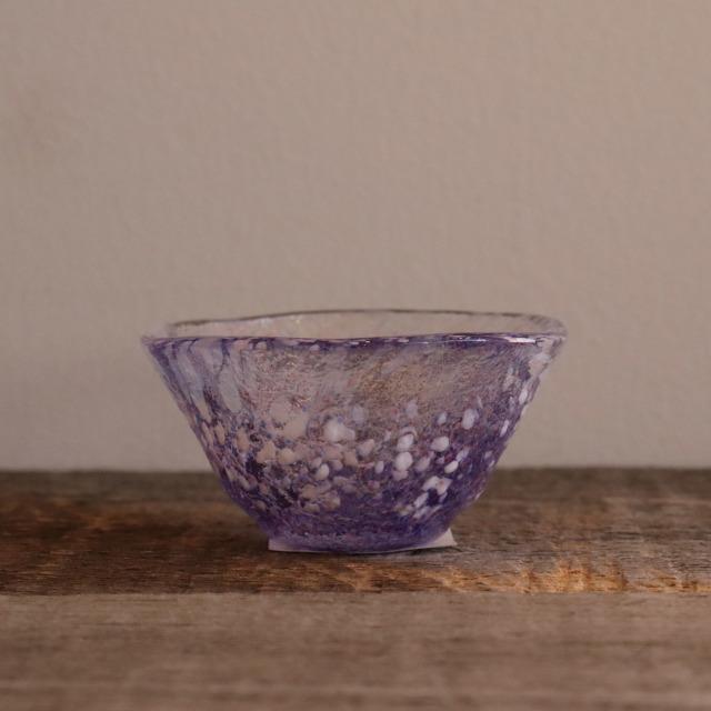 色和ガラス ぐい呑(WA515)  藤 45cc / 丸モ高木陶器