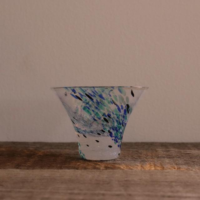 色和ガラス ぐい呑(TJ704)  ラムネ 40cc/丸モ高木陶器
