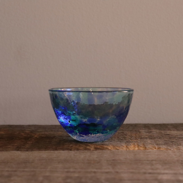 色和ガラス ぐい呑(SA254)  雫 60cc / 丸モ高木陶器