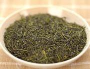 鶴粋銘茶シリーズの上級煎茶、煎茶天髙の茶葉外観です