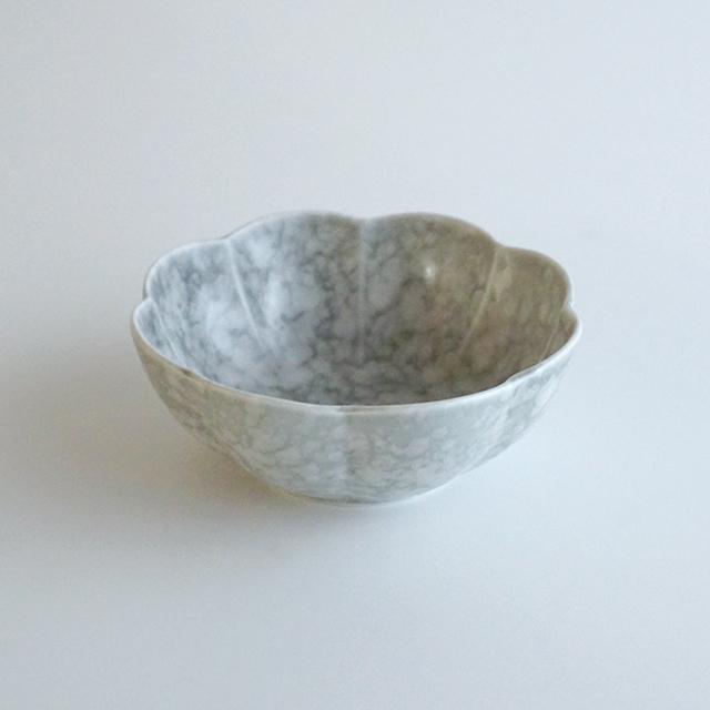 金善窯 金善製陶所 有田焼 窯元 器 和食器 うつわ LIMIA 掲載 菊割小鉢 菊割 ボウル 鉢
