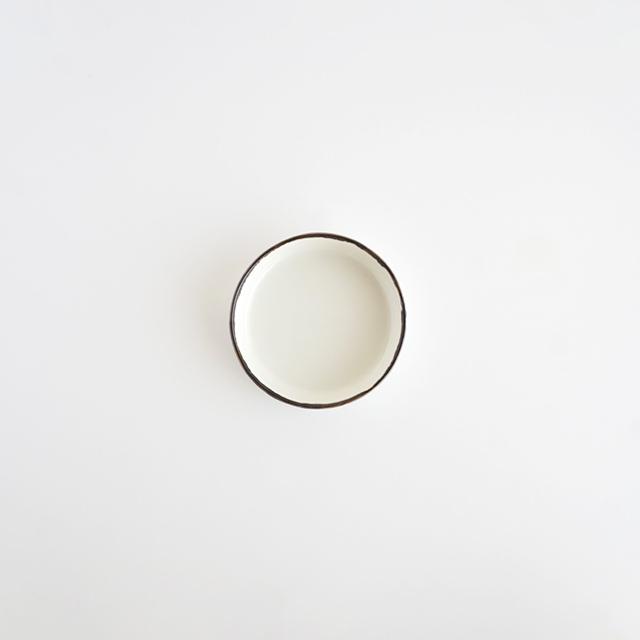 バーチカルプレート ホワイト釉 金善窯 有田焼 7.5cm