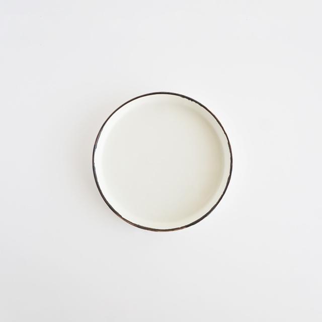 バーチカルプレート ホワイト釉 金善窯 有田焼 12.5cm