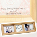 結婚式での両親や祖父母への贈り物に・名入れ時計 3連フォトフレームクロック 横型