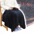 名入れ刺繍 ボアブランケットは長寿祝いや祖母へのお祝いに人気