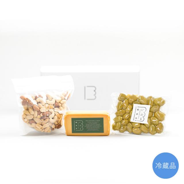 チーズ・ナッツ・オリーブセット