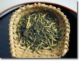 【NHKのためしてガッテンで紹介された静岡県掛川産の深蒸し茶】再火仕上げ!くき茶100グラム※