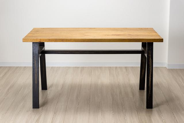 ディジョン ダイニングテーブル