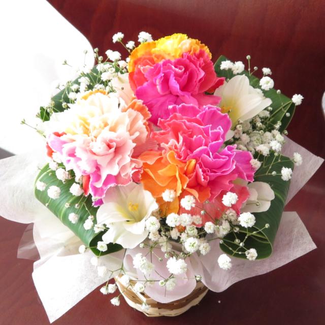 レインボーオレンジの生花アレンジ【送料無料母の日ギフト】md024