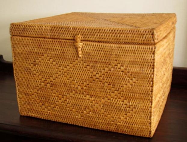 アタ製スクエアボックス(25×25×17cm・蓋付き・模様編み)AT057