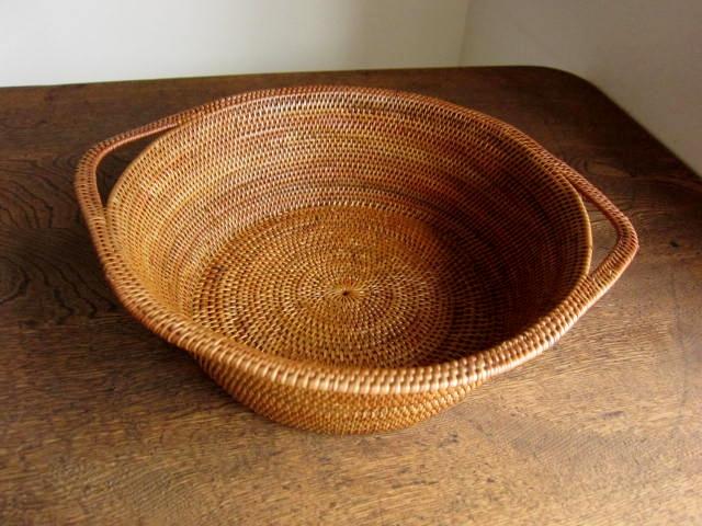 アタ製・キャセロール鍋型バスケット(Lサイズ/最大直径27cm)AT141