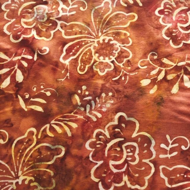 バティック・クロス(ジャワ更紗 バティック・チャップ/型押し染めバティック ブラウン地に南国の草花)BT155