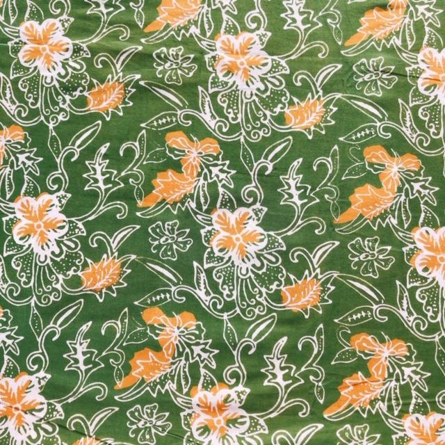 バティック・クロス(バティックチャップ(型押し染め)/バティック・プカロンガン/黄緑・植物柄)BT192