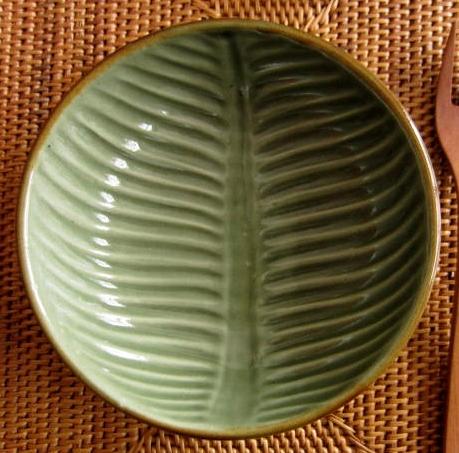 バナナリーフのボウル(グリーン、バリ島タバナン焼き)IA012
