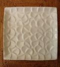 バリ島タバナン焼き フランジパニのスクエアプレート19cm(ホワイト)IA026