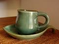 バリ島・タバナン焼き フランジパニのコーヒーカップセット(葉っぱの形のソーサー付き)IA039