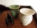 バリ島・タバナン焼き フランジパニのアロマポット(グリーン/ホワイト)IA042
