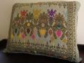 ソンケット(浮き織り)製 ボマクッション(長方形タイプ/グリーンB/中綿入り)SP019