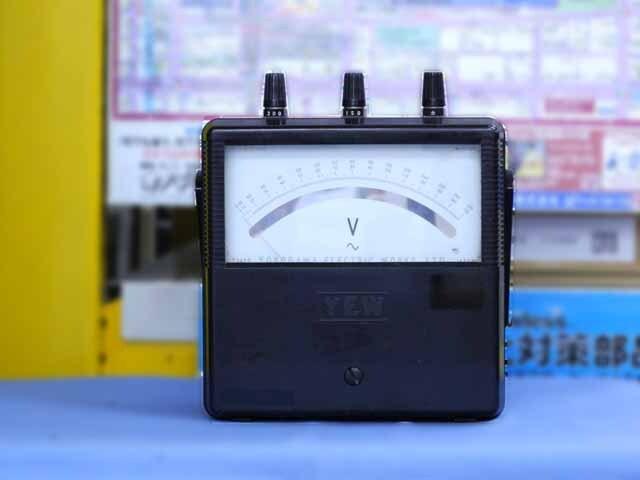 中古 横河計測(YEW) 交流電圧計 2013-18 (管理番号:UKK-01826)