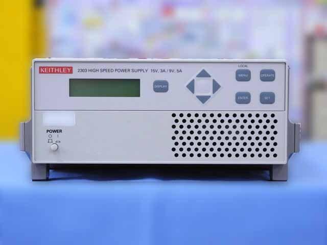 中古 ケースレー 直流電源 2303 (管理番号:IT0174)