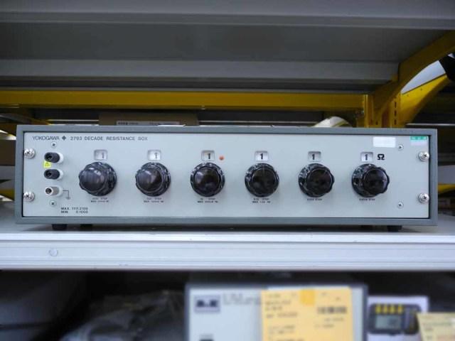中古 横河計測 6ダイヤル可変抵抗器 279301 (管理番号:UKK-09007)