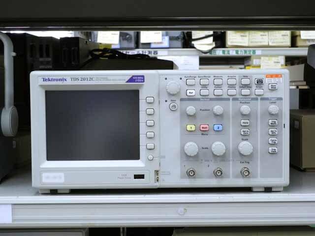 中古 テクトロニクス デジタルオシロスコープ TDS2012C  (管理番号:UKK-09126)