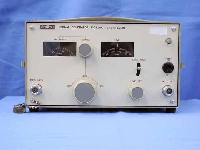 中古 アンリツ 信号発生器 MG724C1 (管理番号:UKK-09201)