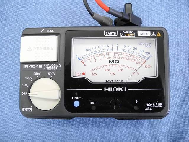 中古 日置電機 アナログ絶縁抵抗計 IR4042-11 (管理番号:UKK-10175)