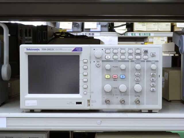 中古 テクトロニクス デジタルオシロスコープ TDS2022C  (管理番号:UKK-10203)