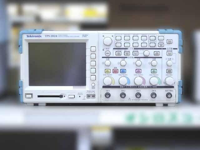 中古 テクトロニクス デジタル・オシロスコープ TPS2024 (管理番号:UKK-10303)