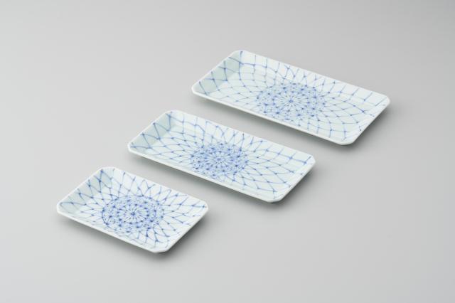 染付網目麻の葉長角皿