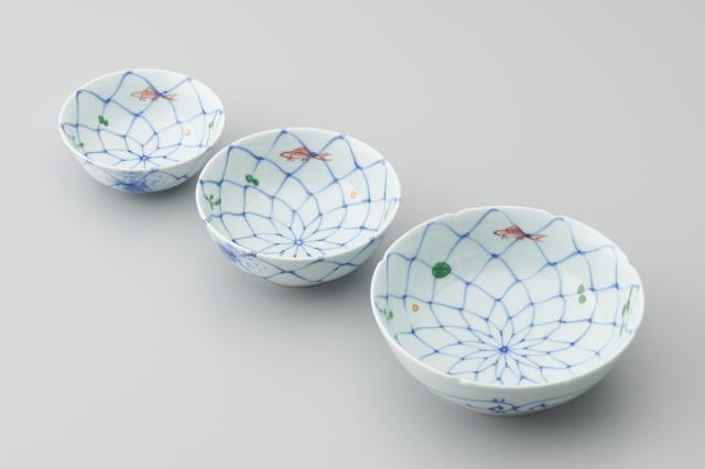 染錦網目魚紋取碗