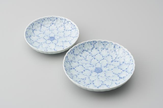 染付牡丹菊型皿