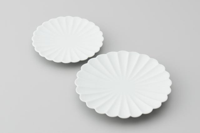 白磁菊型皿