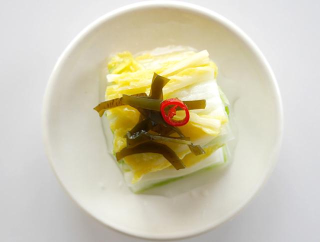 昆布白菜皿盛り