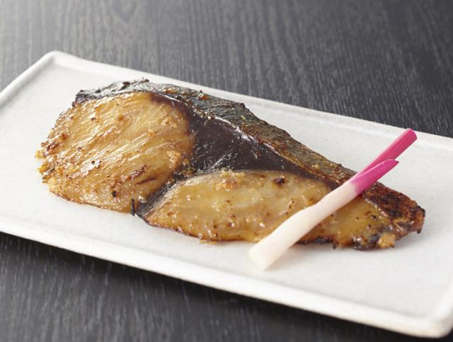 日本海の魚の粕漬(ぶり)