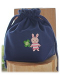 お受験紺色無地のコップ袋・女の子用・シンプルネイビースタンダード(縫製済・オーダーメイド不可)クローバーうさぎ・サンプル品