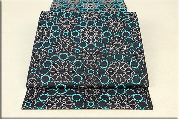 博多帯 正絹 八寸名古屋帯 全通 お仕立付き 幾何学模様 黒x緑