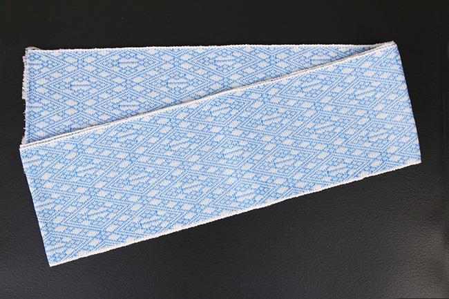 近賢織物 シャンヴル 半幅帯 刺し子 麻帯 白×水色
