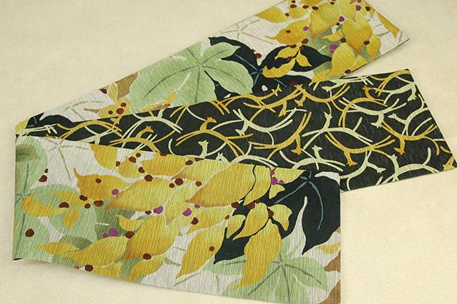 京都小泉 召しませ花 半幅帯 葉柄 狐 リバーシブル 白