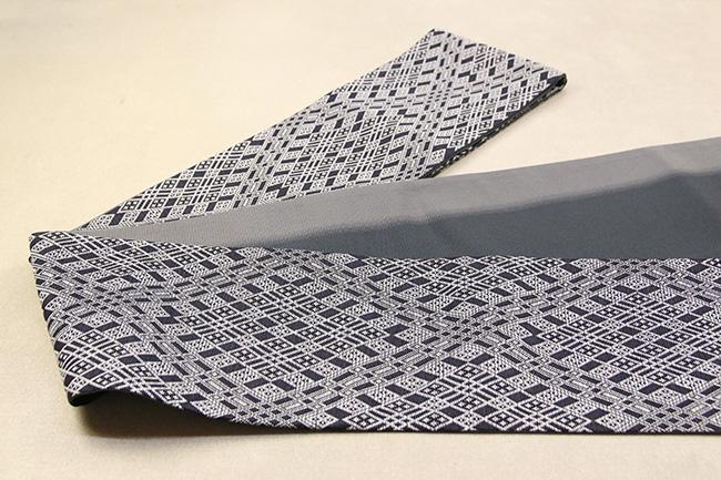 近賢織物 正絹 紙糸 半幅帯 お仕立て付き こぎん刺し風 リバーシブル モノトーン