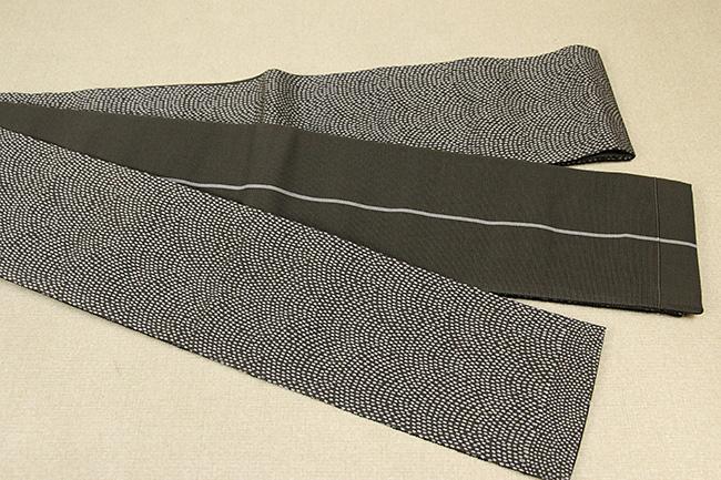 米沢織 近賢織物 角帯 遊粋 鮫小紋 黒