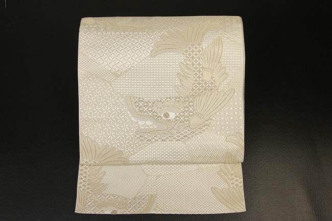 【受注商品】あづまやオリジナル 西村織物 博多八寸名古屋帯 銀鯱 グレイジュ お仕立て付き