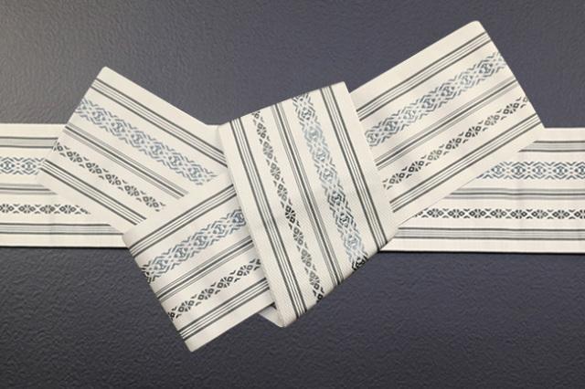 博多織 西村織物 角帯 正絹 上献上 献上柄 薄ベージュ