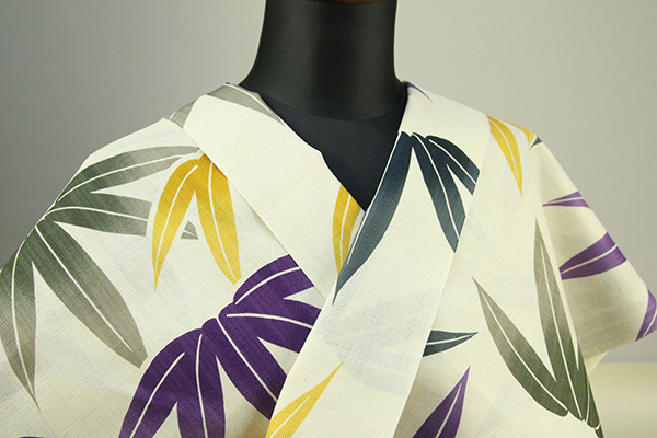 JUNKO KOSHINO浴衣(ゆかた) オーダー仕立て付き カラフル笹柄 薄黄色