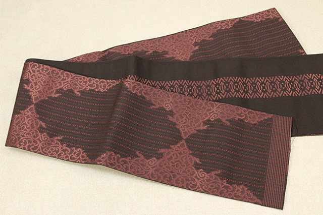 西村織物 結 博多織 正絹半幅帯 かがり仕立付 珠玉文 絹100% 赤
