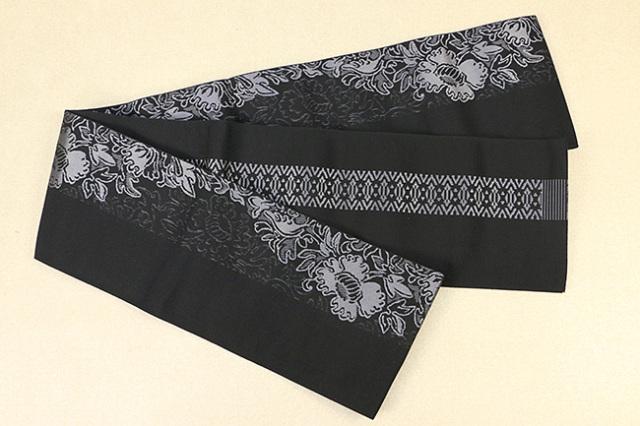 西村織物 結 博多織 正絹半幅帯 かがり仕立付 芍薬 絹100% 黒