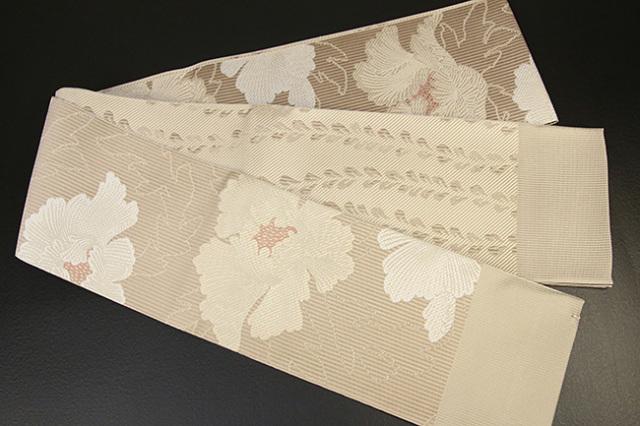 紋小巾袋帯 博多織 正絹半幅帯 かがり仕立付 ベージュ×白 牡丹