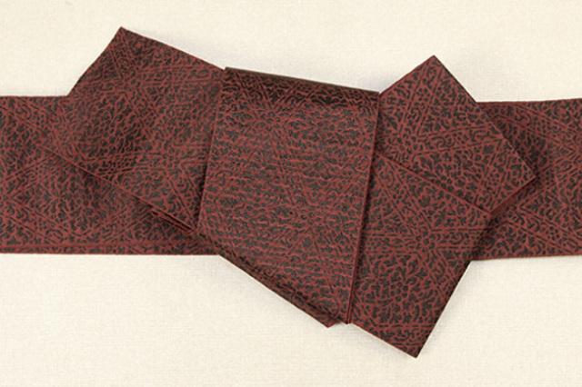 博多織 西村織物 角帯 正絹 道轍 織更紗 六花菱 赤
