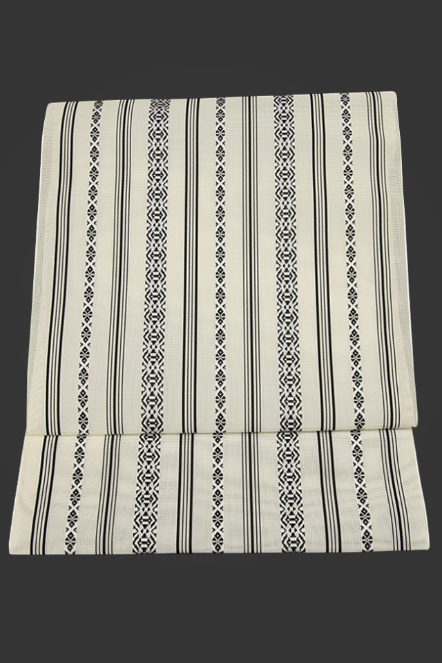 黒木織物 博多織 八寸名古屋帯 正絹 紗 お仕立て付き 白 献上柄